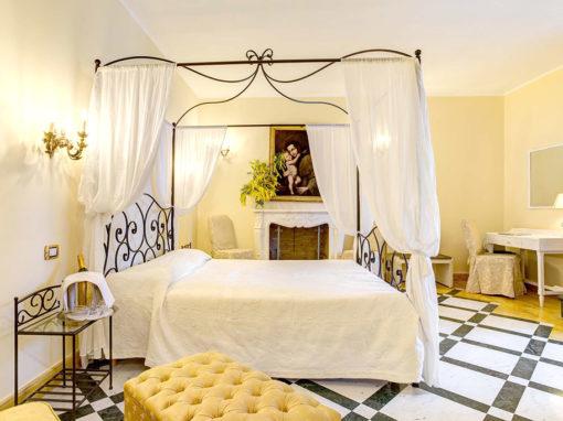 Leucosia Room