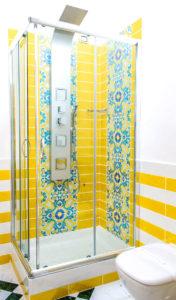Caruso Room - Bathroom
